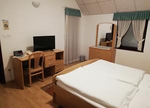 TWIN ROOM with private bathroom and balcony